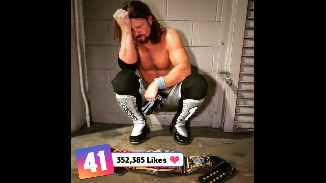 50 صور من مميزة من wwe حصل على عدد كبير من اعجابات في مواقع التواصل الأجتماعي حصري 010_WWE--7ba29d1f50db2e78a07093b2bcd6ae2e