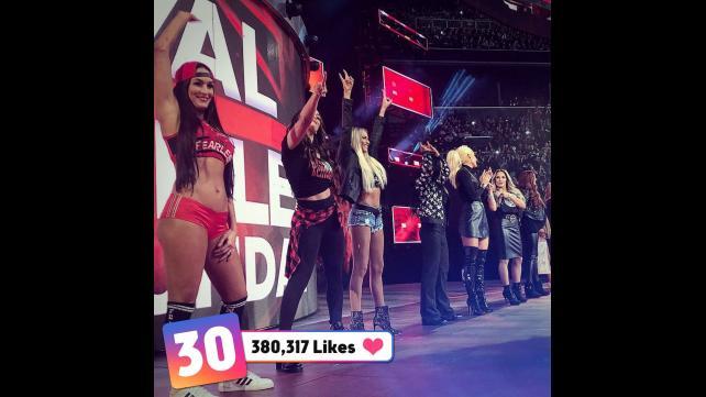 50 صور من مميزة من wwe حصل على عدد كبير من اعجابات في مواقع التواصل الأجتماعي حصري 021_WWE--672204dbb98fe8c0a6dece3c55458a7c