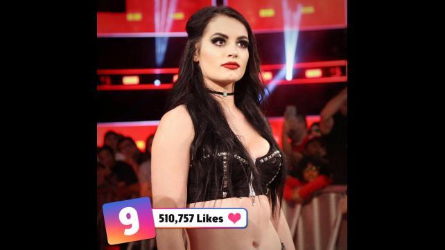 50 صور من مميزة من wwe حصل على عدد كبير من اعجابات في مواقع التواصل الأجتماعي حصري 042_WWE--92bbdd11766c86a412db2c0017e1e24c