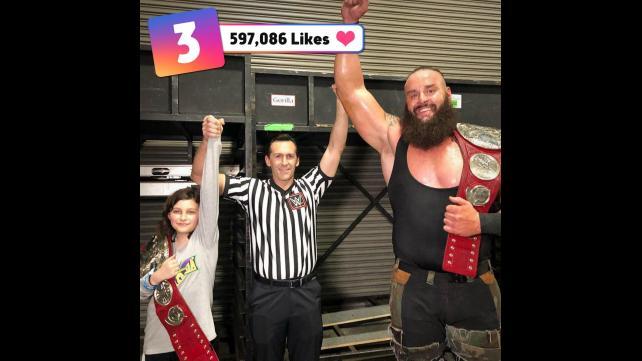 50 صور من مميزة من wwe حصل على عدد كبير من اعجابات في مواقع التواصل الأجتماعي حصري 048_WWE--95cf24fdce2e050d2d28d745dc8408ba